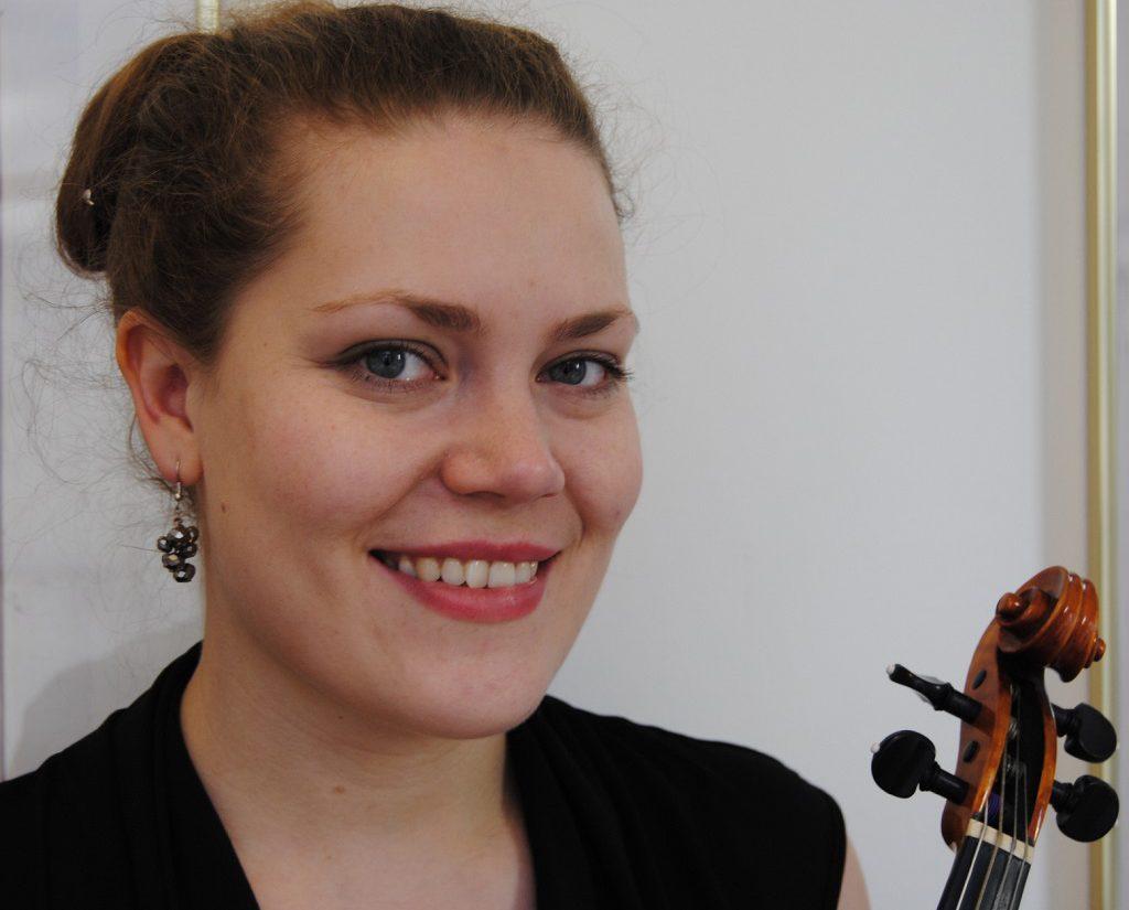 Violin Julia Kuhn