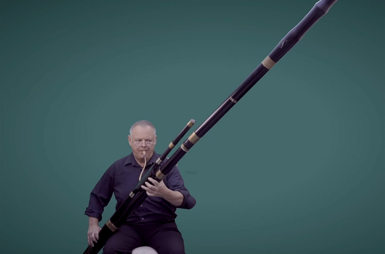 David Chatterton introduces Beethoven's contrabassoon