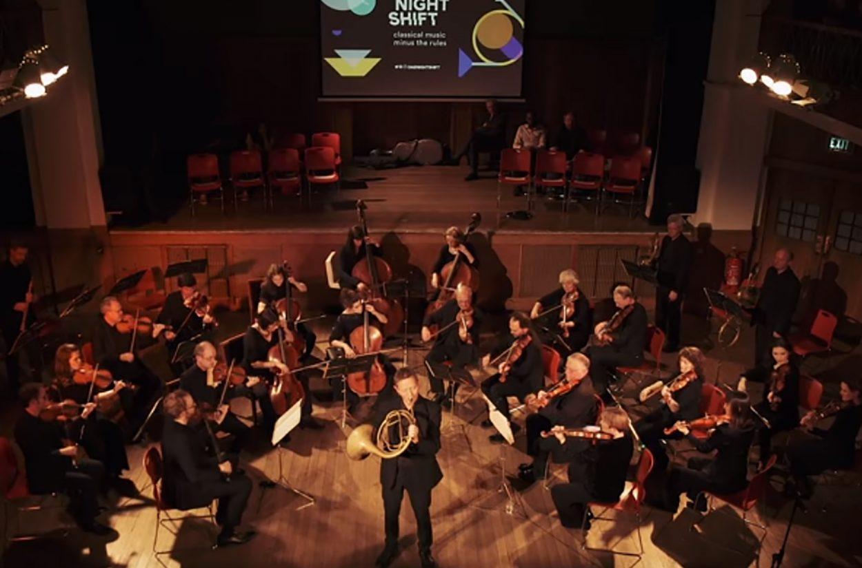 Principal horn Roger Montgomery performs Mozart's Horn Concerto No.4, Rondo