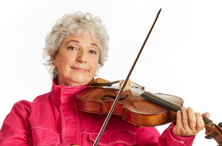 viola player Annette Isserlis