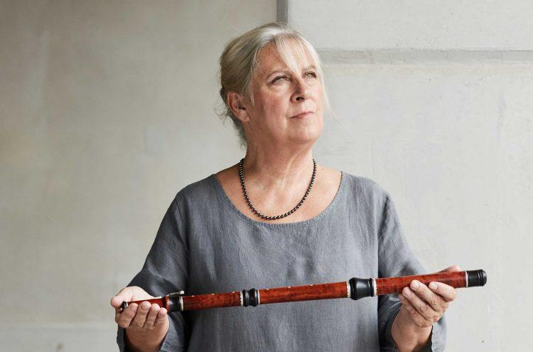 Lisa Beznosiuk, Principal Flute